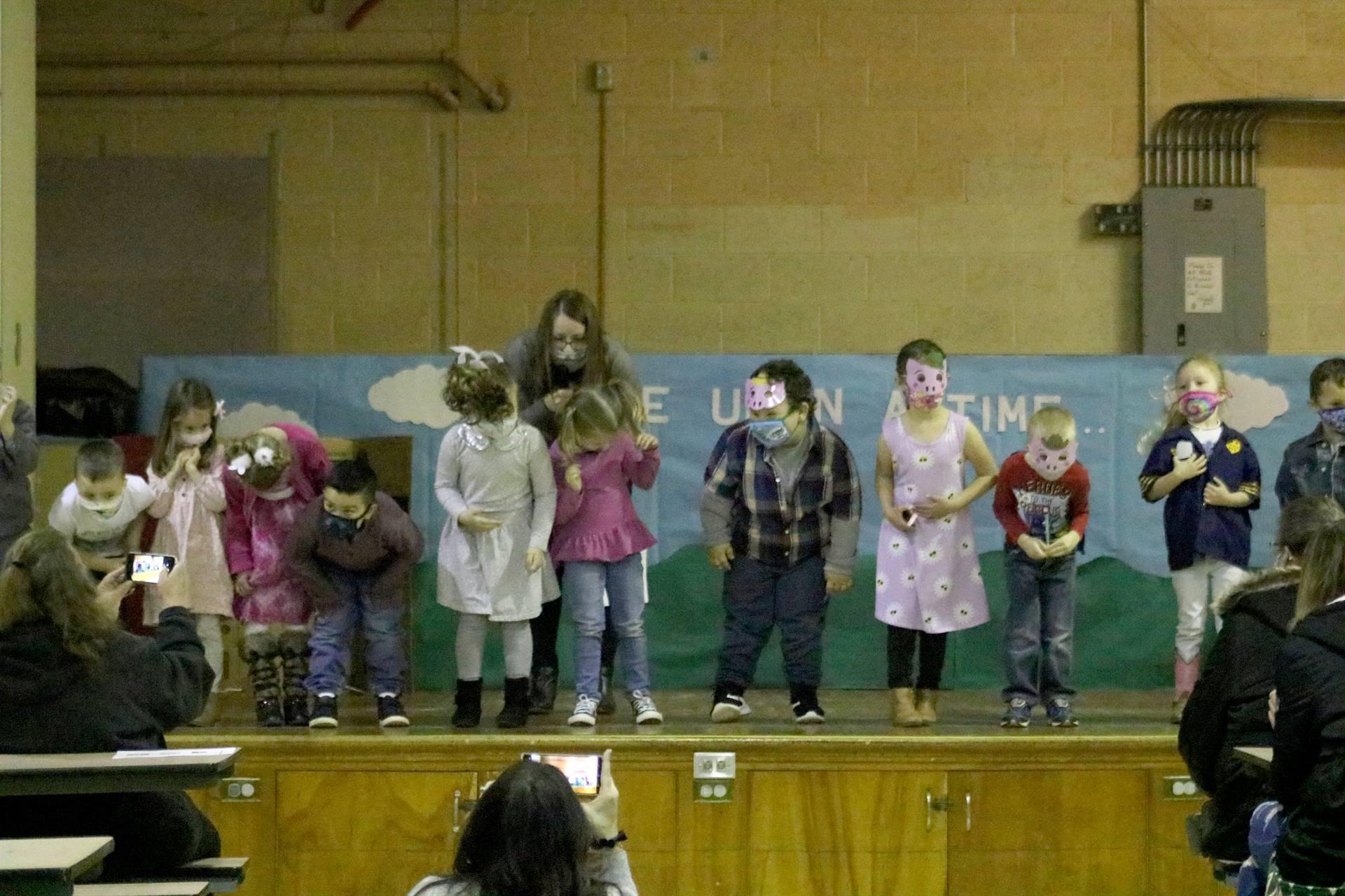line of kids fairy tale play